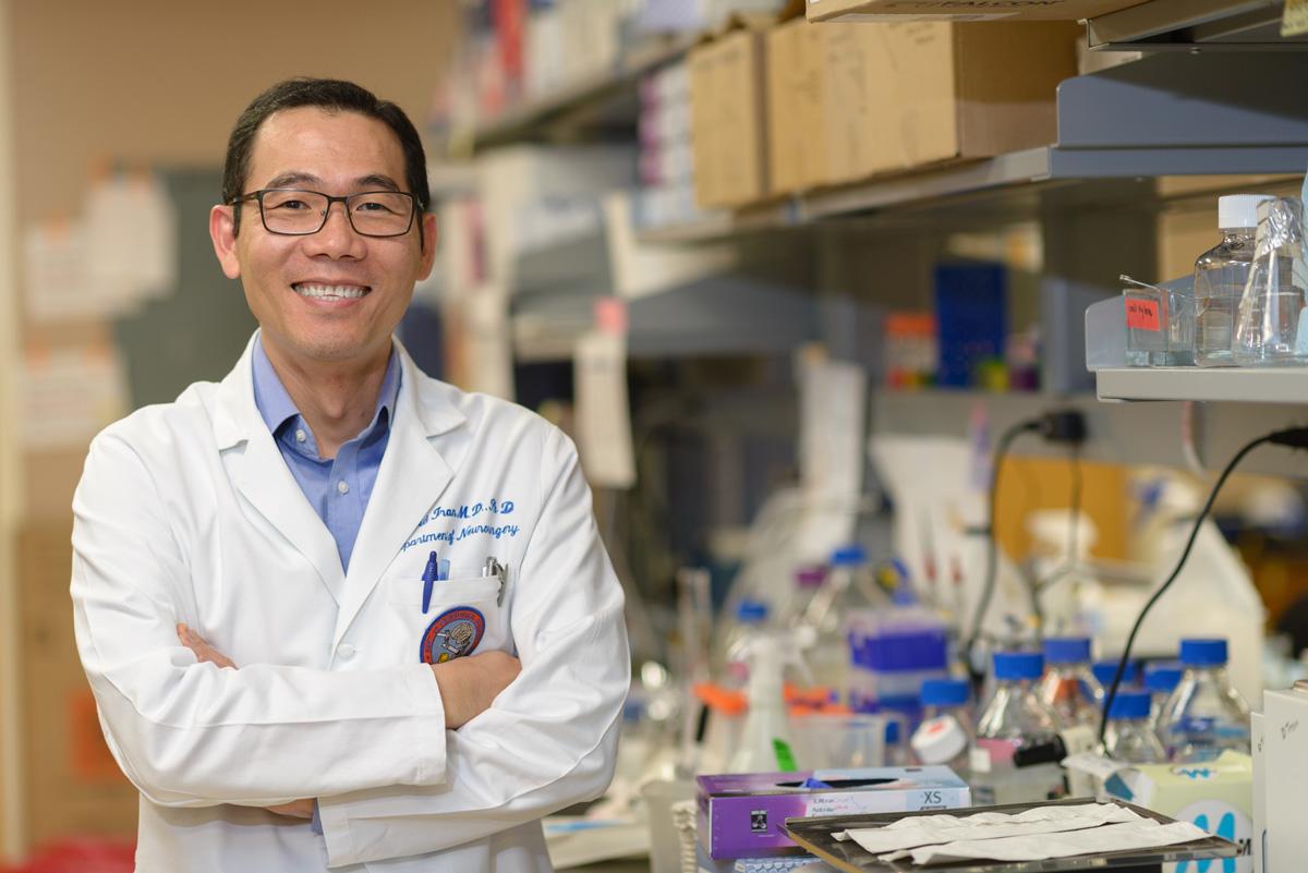 Dr. David Tran